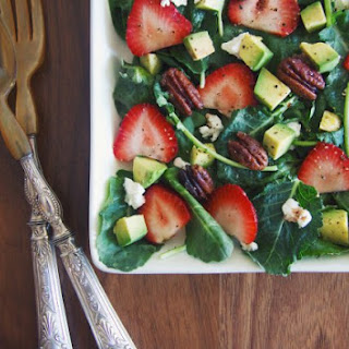 Paleo Kale Salad With Strawberries, Avocado, Goat Cheese And Pecans