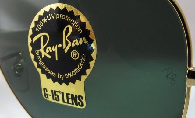 Ray-Ban Sticker on Lens