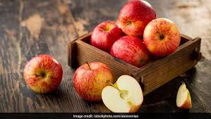 8 Benefits of Apple for the Skin