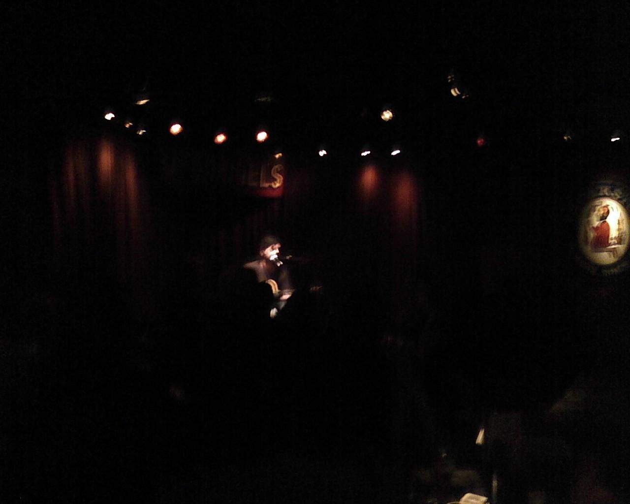 Bob Schneider at Mucky Duck - Photo09092049.jpg