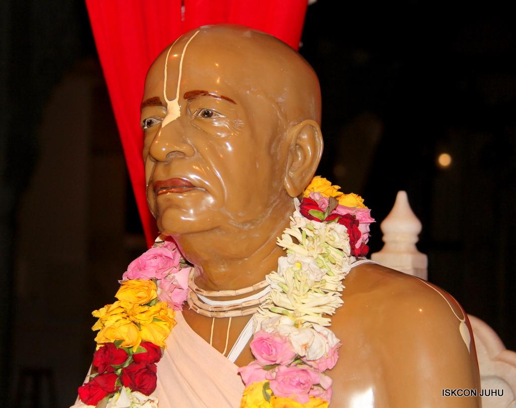 ISKCON Juhu Mangal Deity Darshan on 5th Sep 2016 (1)