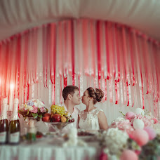 Wedding photographer Vladimir Bogachev (bogavova34). Photo of 19.02.2018