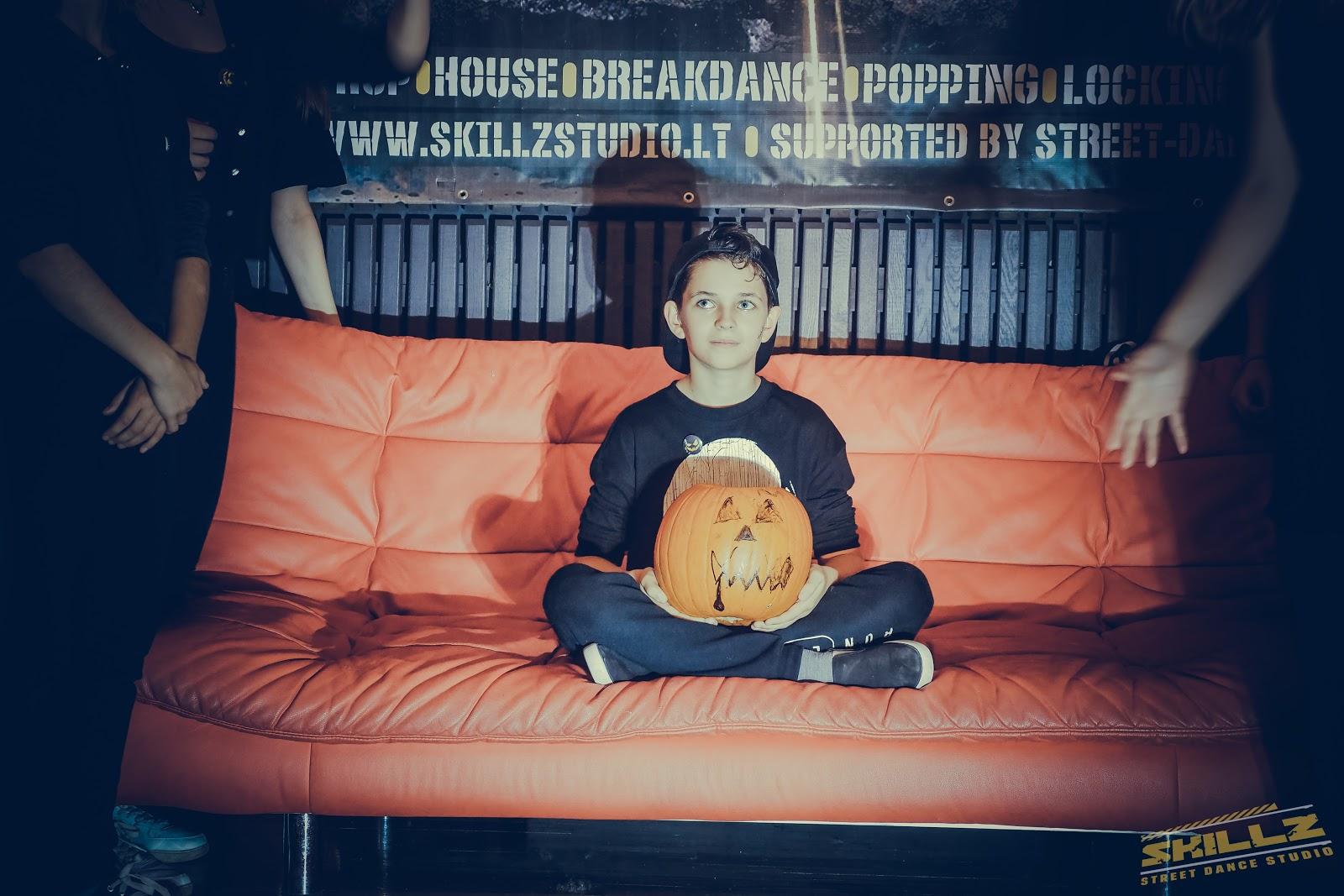 Naujikų krikštynos @SKILLZ (Halloween tema) - PANA2102.jpg