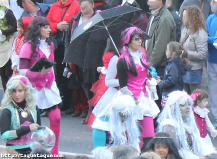 Desfile del domingo de Carnaval 2012 (Ourense): Monster High