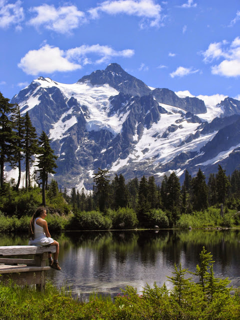 Woman looks over picture lake and Mt. Shuksan / Credit: Peter James Photography Studio