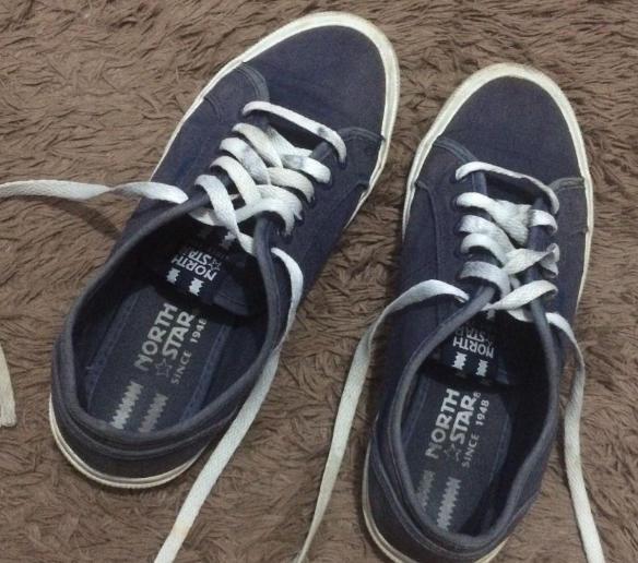 Sepatu Merek North Start