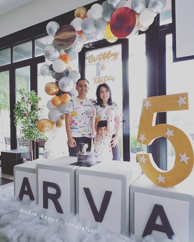 jasa dekorasi balon dan Styrofoam untuk kebutuhan pesta ulang tahun dan aqiqah