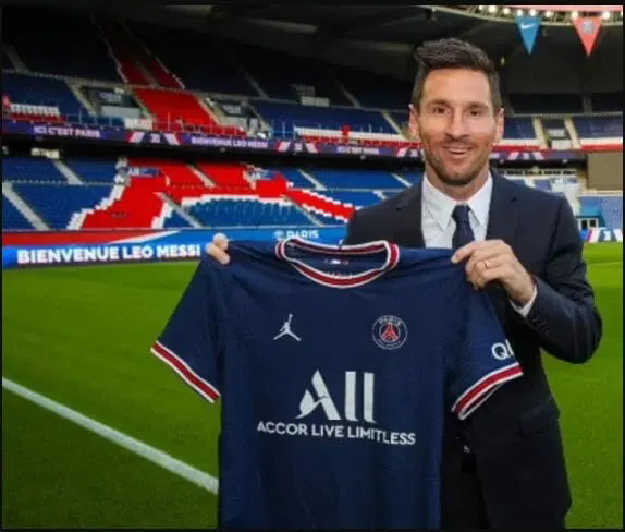 Lionel Messi Completes His Sensational Move To PSG
