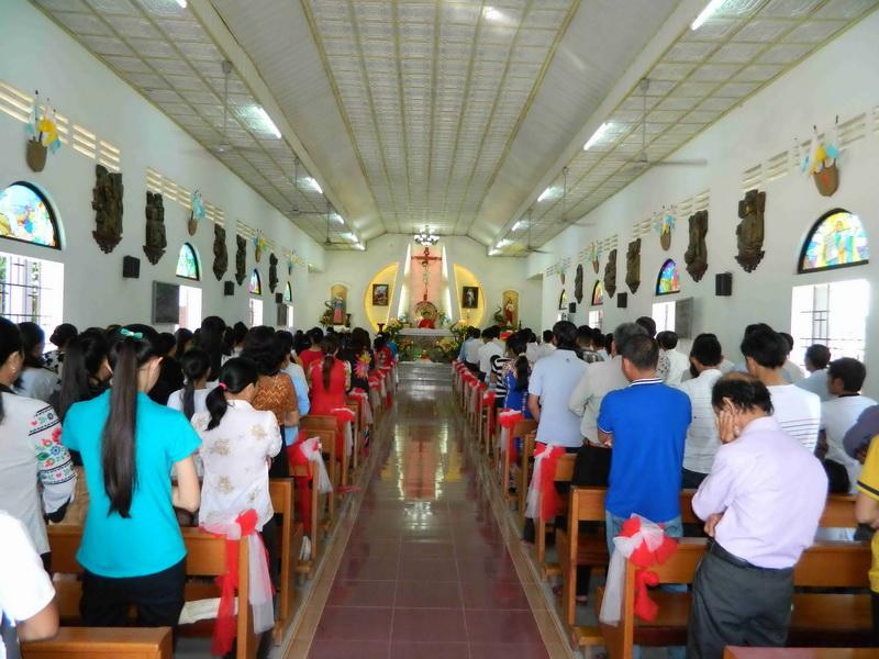 Giáo xứ Hoa Châu mừng lễ bổn mạng