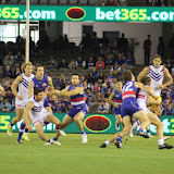Western Bulldogs v Fremantle Round 7 2015