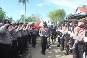 Mewakili Keluarga Besar Polres Soppeng,Jenazah Bripda Muhammad Akmil Dimakamkan TPU Desa Masing