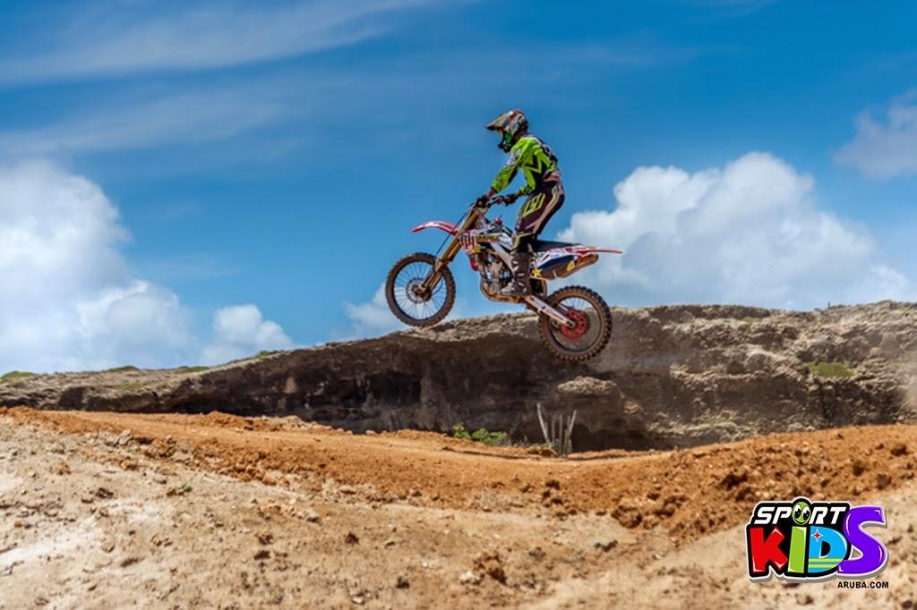 extreme motorcross Aruba - moto%2Bcross%2BGrape%2Bfiled%2BApril%2B2015.jpg