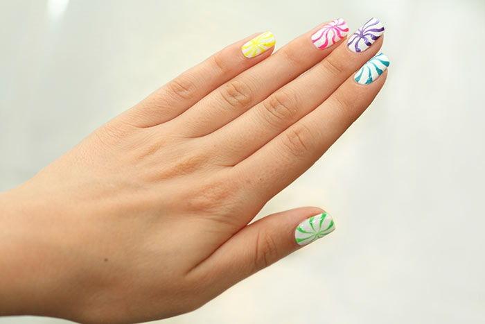 Spiral Nail Art Design
