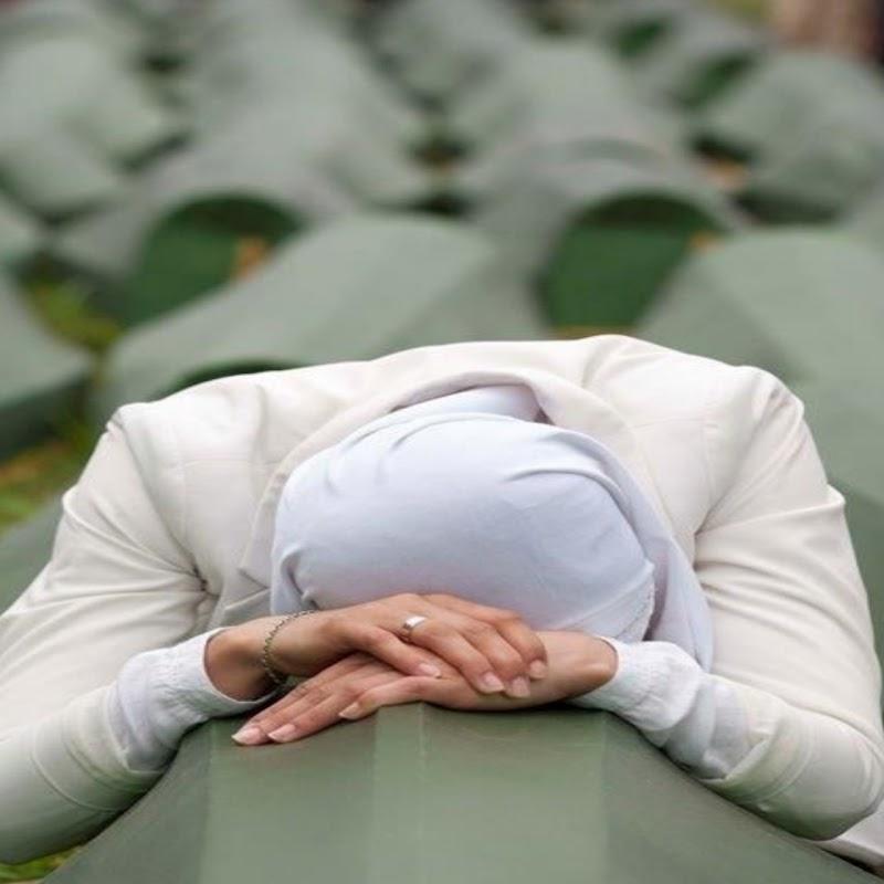 Pembantaian Muslim Srebrenica, Umat Butuh Khilafah!