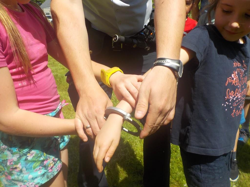 De Knetters op bezoek bij de politie - DSCN0331.JPG