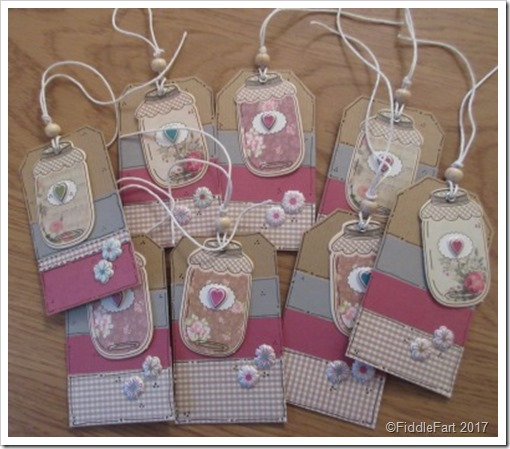 Gingham Jar Tags. Crafts