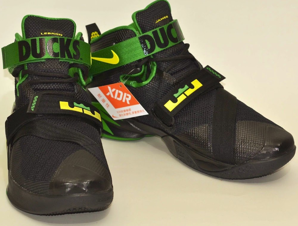 136459b52a0 The Oregon Ducks Fans Also Get the LeBron Soldier 9 they Deserve Preview  Nike ...
