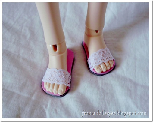 Of Bjd Fashion: Improved Lace Sandals with a Tutorial: simpler sandals for a msd sized ball jointed doll