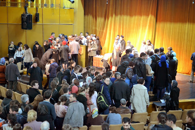 073 Avva Justin Parvu si Sfintii inchisorilor (Teatrul Luceafarul, Iasi, 2014.03.19)