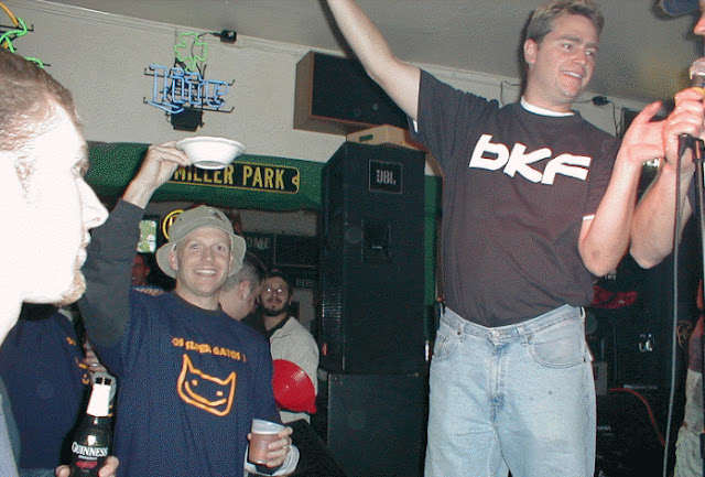 Kickball Fall 2001 - bkfsalutes.jpg