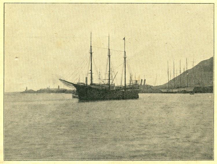 Foto del pailebot LEPANTO en Barcelona. Ca. 1923. Boletin de la Sociedad Española de Maquinistas Navales.jpg