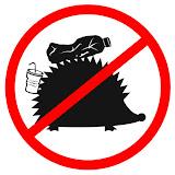 Плакаты и знаки, призывающие не оставлять мусор от пикников в лесу и у водоемов