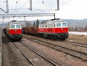 Photo: Boguszów Gorce: 2 składy prywatnego przewoźnika PCC Kolchem z 232 329-3 oraz 232 409-3 na czele.