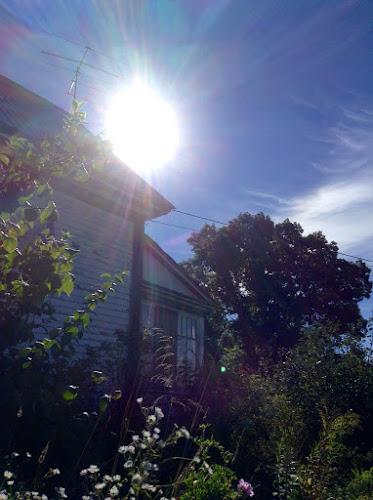 old farmhouse basking in the autumn sunshine