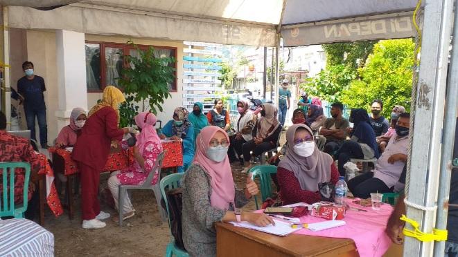 150 Orang Warga Ikuti Vaksinasi Massal di Kelurahan Berok Nipah