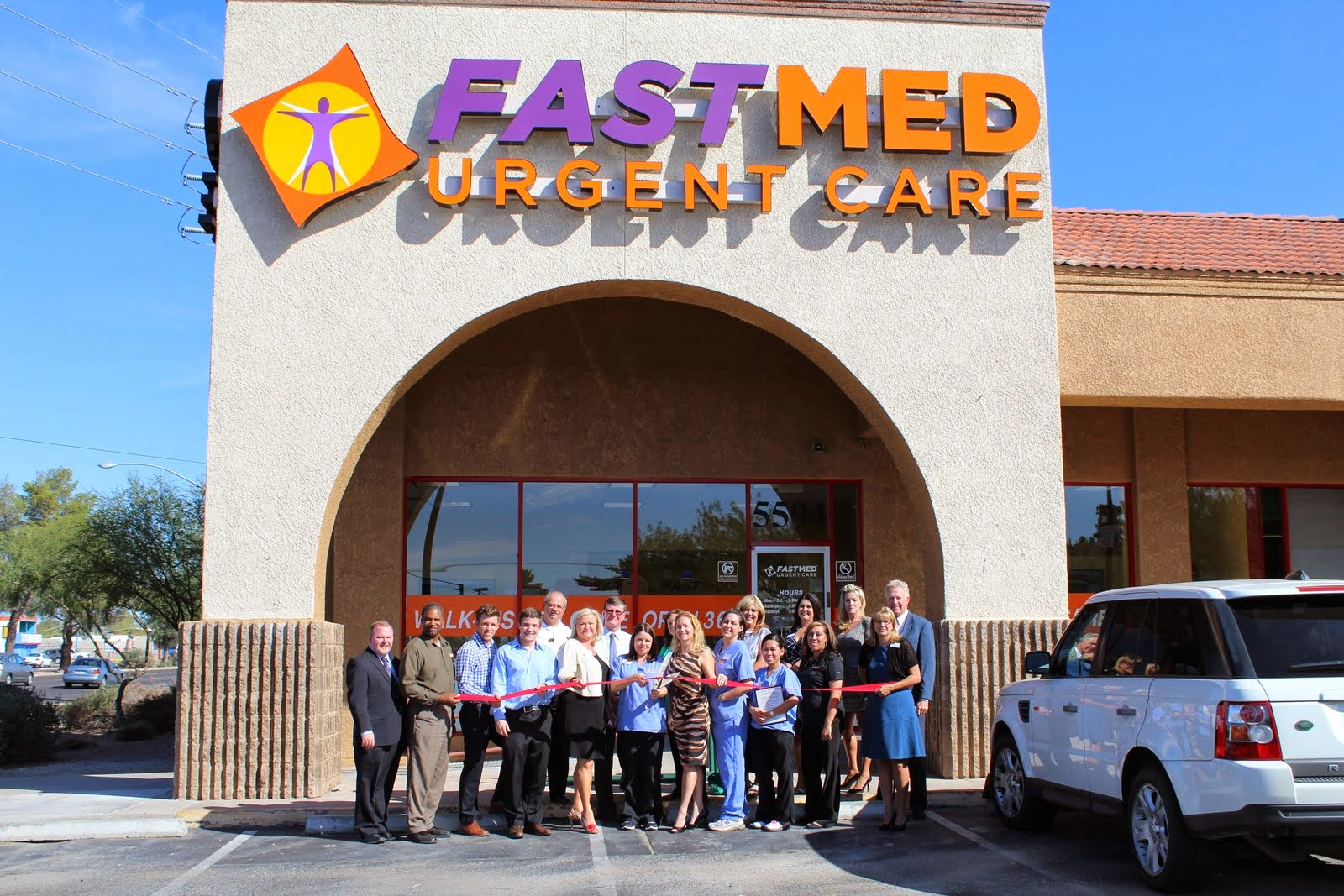 FastMed Urgent Care celebrated on Wednesday, October 23rd, the opening of its sixth clinic in the Tucson area at the corner of 22nd Street and Craycroft Road in the Country Fair Shopping Center (5594 E. 22nd Street), representing FastMed's 25th location in Arizona.