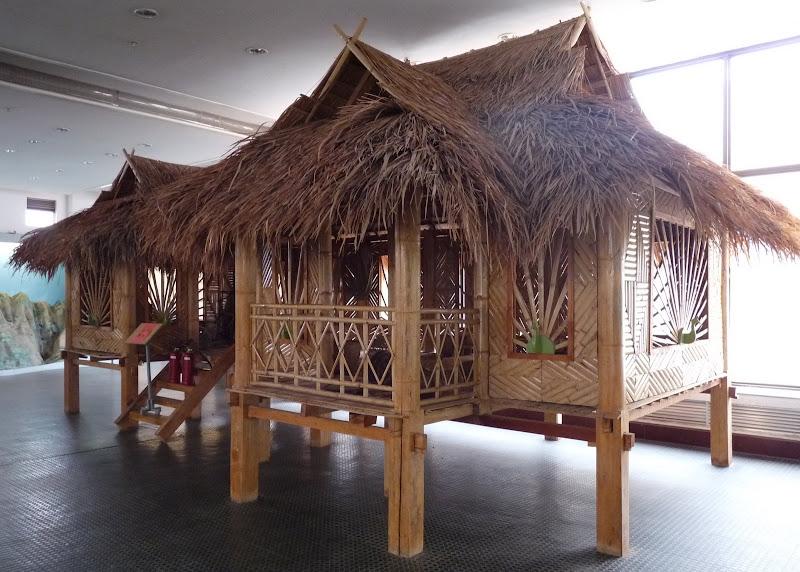 CHINE.YUNNAN.KUN MING Temple, jardin horticole,Musée des minorites - P1270433.JPG