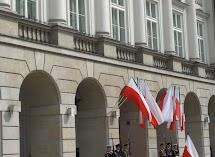 krakowskie przedmieście warszawa 4wiecień 2010 031.jpg
