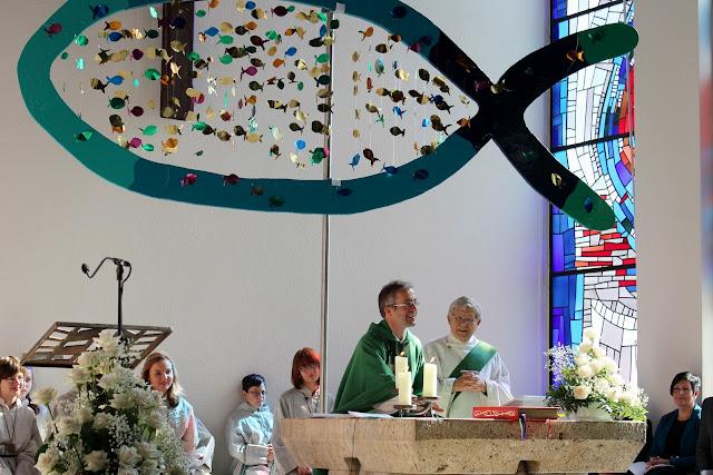 Einführungsgottedienst Pfarrer Müller 2012 - IMG_6313a.JPG