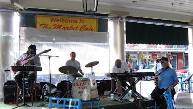 Photo: Her yerde Jazz!