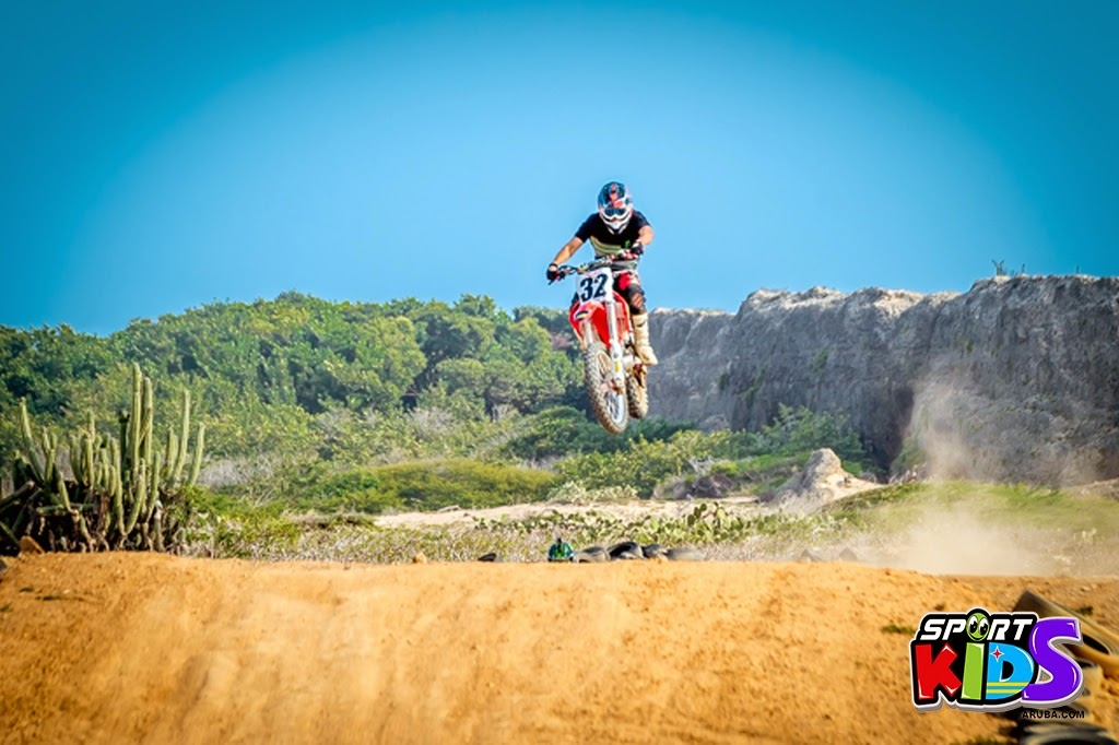 extreme motorcross Aruba - moto%2Bcross%2BGrape%2Bfiled%2BApril%2B2015-92.jpg