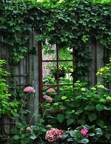 mirror garden 3