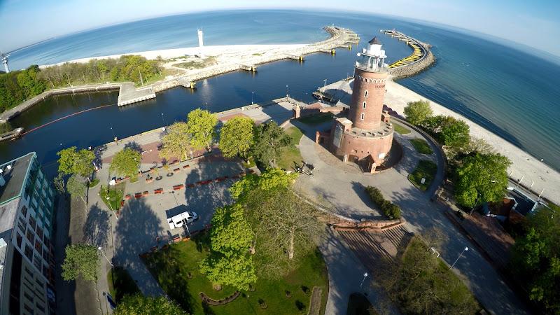 wynajem drona zdjęcia z lotu ptaka z drona Kołobrzeg - port z lotu ptaka