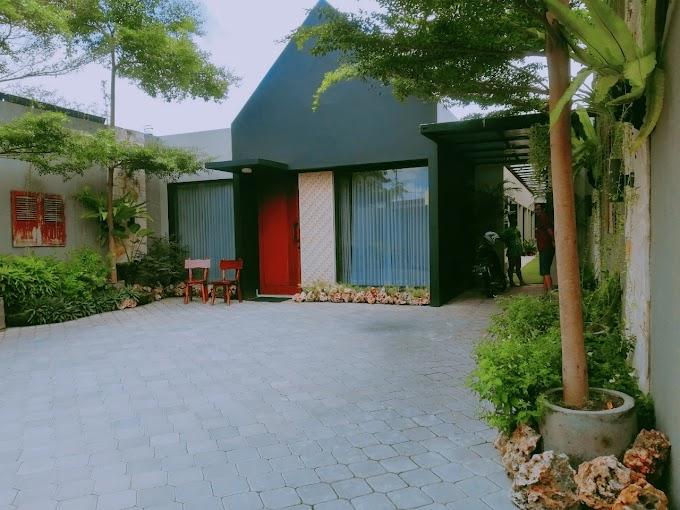 Rumah Mewah Luxury Halaman Luas Kawasan Tengah Kota Elite Exclusive Tegalrejo Kodya