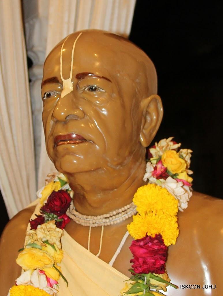 ISKCON Juhu Mangal Deiy Darshan 10 Apr 16 (41)