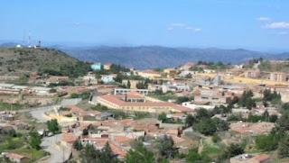 Tissemsilt: la piscine de Sidi Slimane fait le plein cet été