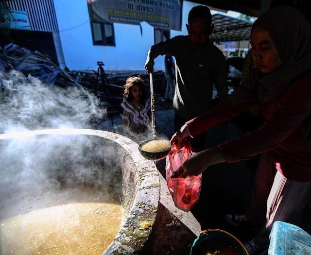 Ie Bu Peudah Takjil Khas Aceh Besar Selama Ramadhan
