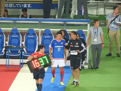 横浜F・マリノス富樫敬真と松永コーチ