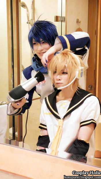 vocaloid 2 cosplay - kaito and kagamine len by kaname and yuegene