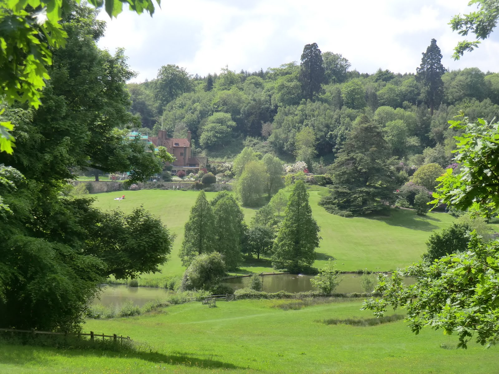 CIMG4380 View of Chartwell from the Woodland Walk