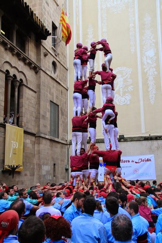 Actuació 20è Aniversari Castellers de Lleida Paeria 11-04-15 - IMG_8965.jpg