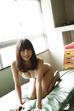 Otani Mio 大谷澪
