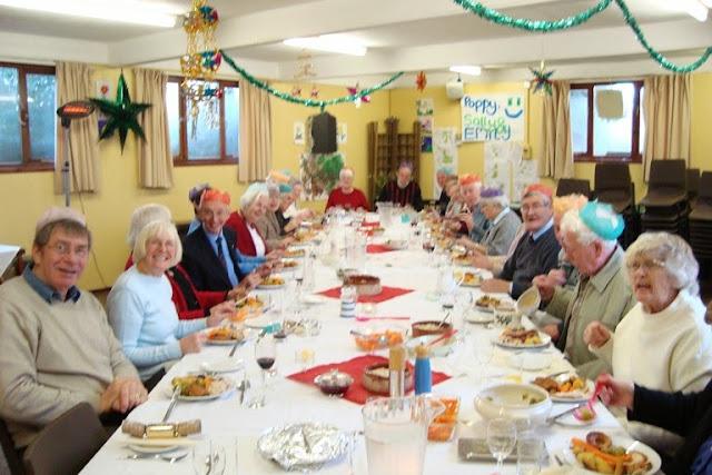 Pensioners Lunch - 12-12-2010 - WPL201010.jpg
