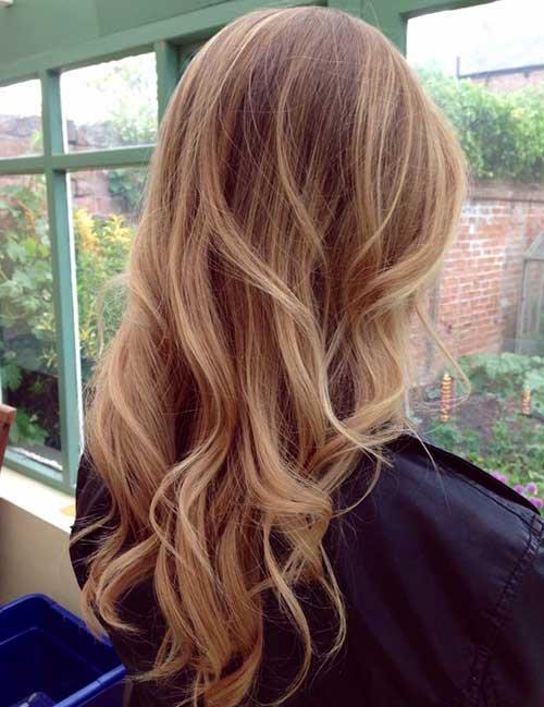 Stylish And Modern Layered Long Hairstyles Fashion 2d