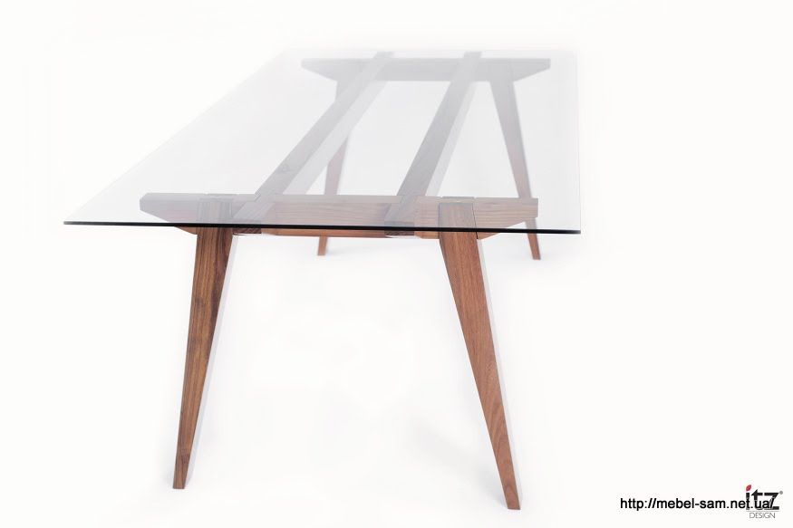 Стол Ban Table от компании ITZ desigh