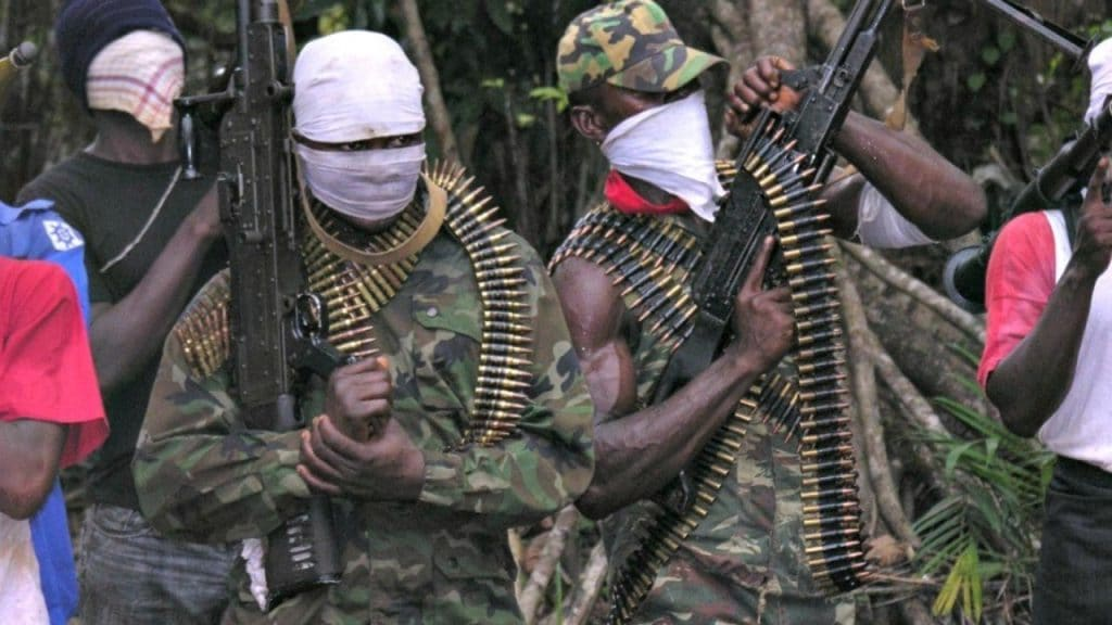NOT AGAIN!!! Fear, Blood, Tears, Flow As Gunmen Storm Osogbo To Shoots Expressly